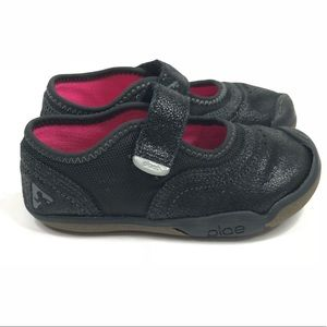 PLAE Shoes - Plae Emme Black Suede Low Sneakers Sparkly8.5